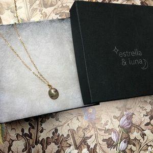 Estrella & Luna Jewelry - Labradorite Pendant Necklace